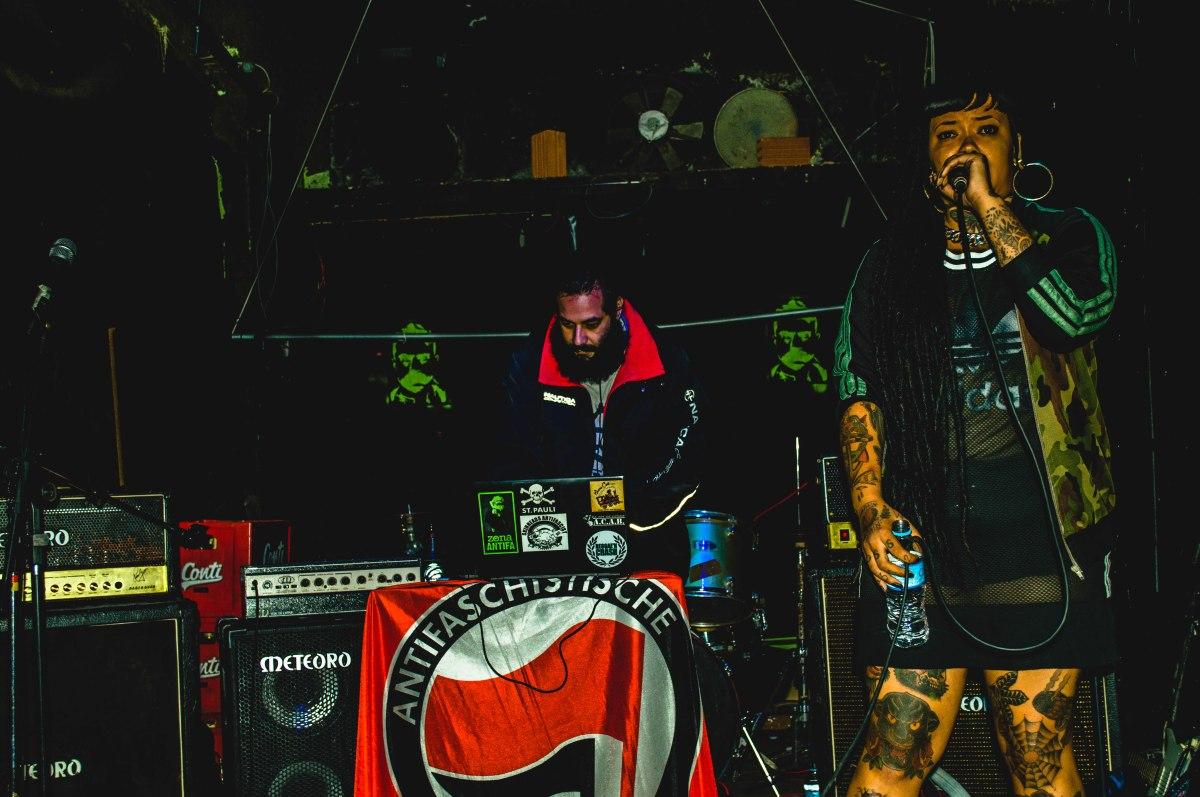 Banned In SP estréia no circuito underground com o pé direito, muito RAP, Punk, Reggae e cabeçassangrando.